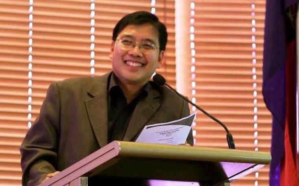 Dr. Carlos Tabunda