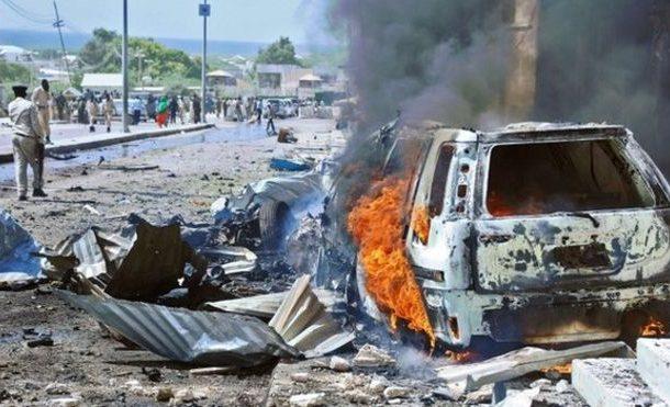 17 patay sa suicide bombing sa Somalia