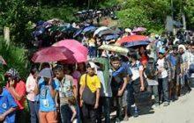 Dating Pangulong GMA, binisita ang mga bakwit sa Marawi City
