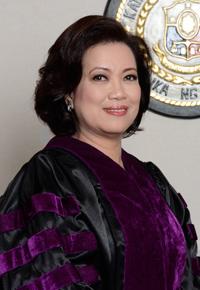 Chief Justice Sereno hinimok ang mga empleyado ng korte suprema na ipamalita ang mga reporma sa hudikatura