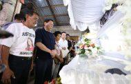 Pangulong Duterte, personal na nakiramay sa pamilya Demafelis....karagdagang tulong pinansyal, ipinagkaloob