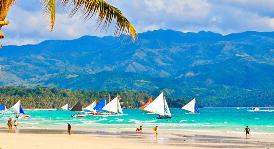Senador Villar, umaming may business interest sa Boracay
