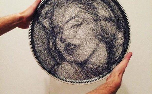 Artist, lumikha ng kahanga-hangang Web Portraits, gamit ang single Sewing thread