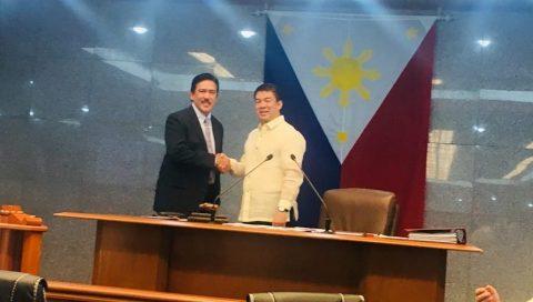 Senador Tito Sotto, nanumpa na bilang bagong Senate President....tiniyak na magiging matapang at independent ang Senado sa ilalim ng kaniyang pamumuno