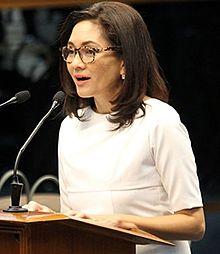 Acting Chief Justice Carpio, hinimok ang gobyerno na maghain ng panibagong kaso at humingi ng danyos sa China
