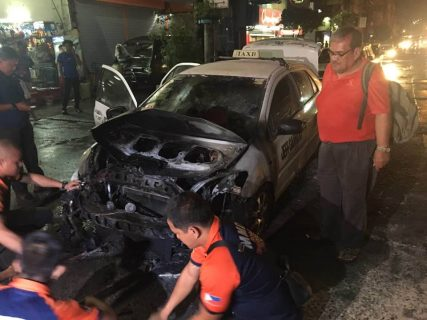 Taxi, nagliyab sa Cubao, Quezon City