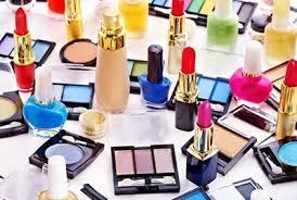 Publiko, binalaan sa mga binibiling imported cosmetic products