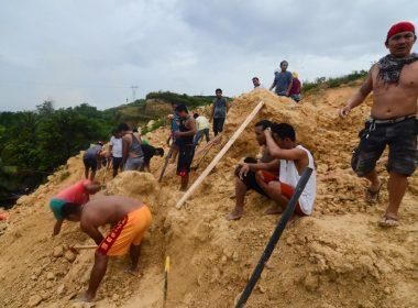 Bangkay ng 12-anyos na lalaki, nahukay sa Naga city landslide; Bilang ng nasawi 51 na