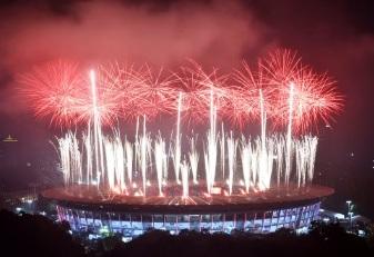 Closing rites ng 18th Asian Games, naging makulay kahit malakas ang buhos ng ulan