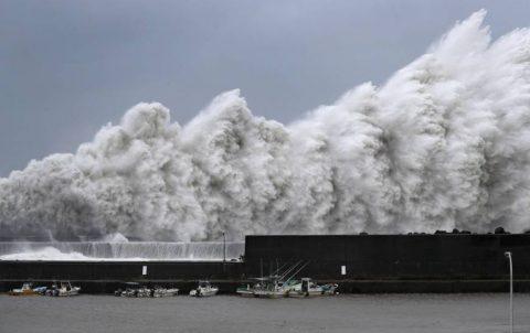 9 patay, 160 sugatan sa pananalasa ng typhoon Jebi sa Japan