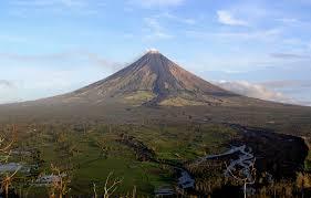Mount Mayon dalawang beses nagbuga ng abo