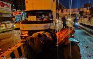 Close van, sumalpok sa mga barrier sa Ortigas flyover; Kasunod na Urban van, di rin nakaiwas bumangga