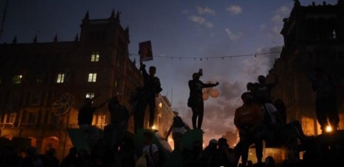 Protesta sa karahasan laban sa mga kababaihan, sumiklab sa Mexico