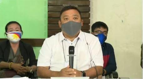 Mga pumasa sa 2020 Physician Licensure Examination kasama ang anak ni VP Robredo, binati ng Malacañang