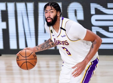 Davis, pumayag sa five-year deal sa Lakers