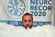 French 'Ice man,' nagtakda ng bagong world record sa freezing glass cabin