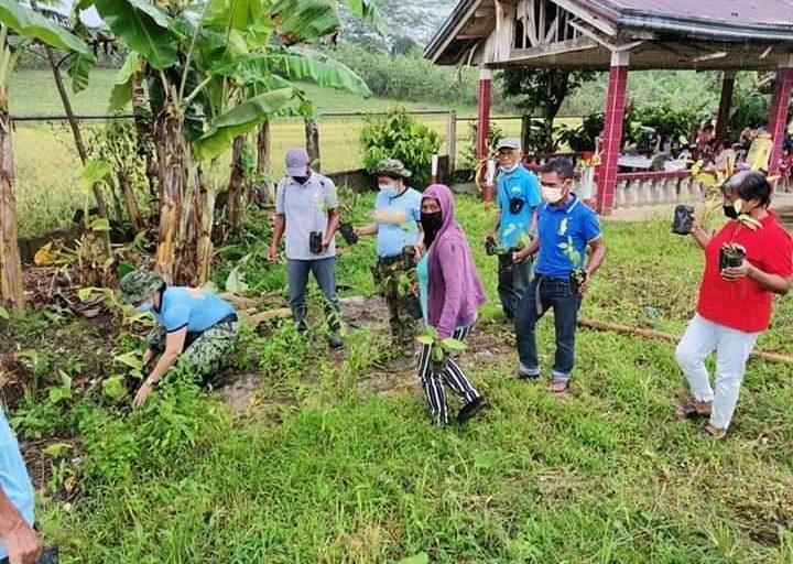 Municipal police station ng PNP Tigbao, nagsagawa ng tree planting activity sa Zamboanga del Sur