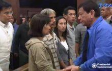 Burol ng dalawang nasawing sundalo sa Marawi City, binisita ni Pangulong Duterte