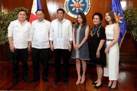 DOT Secretary Berna Romulo-Puyat, nanumpa na sa kaniyang tungkulin