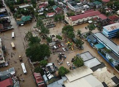 Retrieval operations sa Tiwi, Albay na matinding hinagupit ng bagyong Usman, nagpapatuloy....Bilang ng mga casualties, pumalo na sa 68