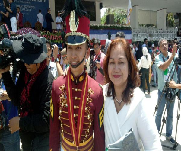 Pangulong Duterte pinangunahan ang pagtatapos ng 201 kadete ng PNPA sa Silang, Cavite.