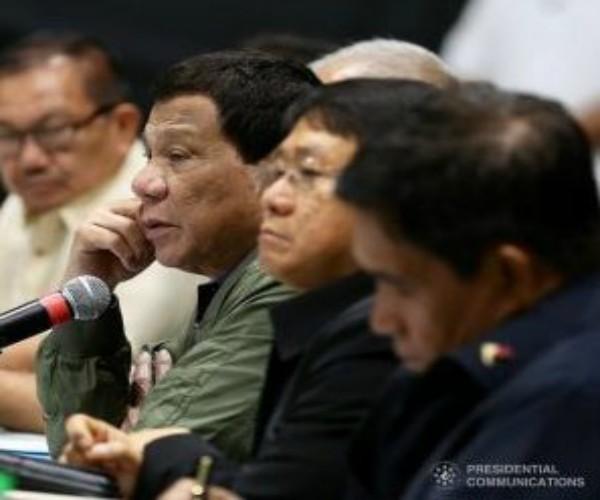 Listahan ng mga artistang nasa narcolist ng PDEA, hindi isasapubliko ni Pangulong Duterte