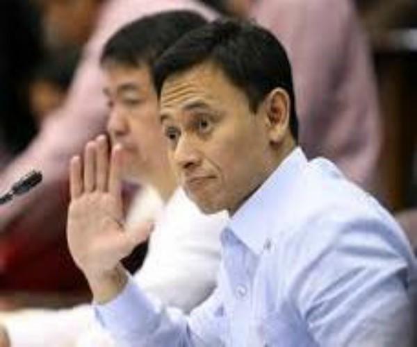Sandiganbayan Presiding Justice Amparo Cabotaje-Tang, itinanggi sa Korte Suprema na nagsinungaling siya sa Personal Data Sheet na isinumite sa JBC