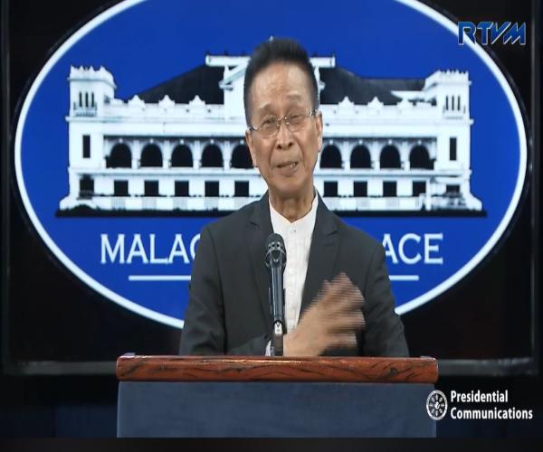 Malakanyang, ikinatuwa ang resulta ng SWS survey na nagpapakitang bumaba ang bilang mga Filipino na nagsasabing mahirap sila
