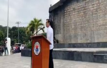Manila Mayor Isko Moreno, pinangunahan ang Flag raising ceremony sa bagong linis na Bonifacio shrine